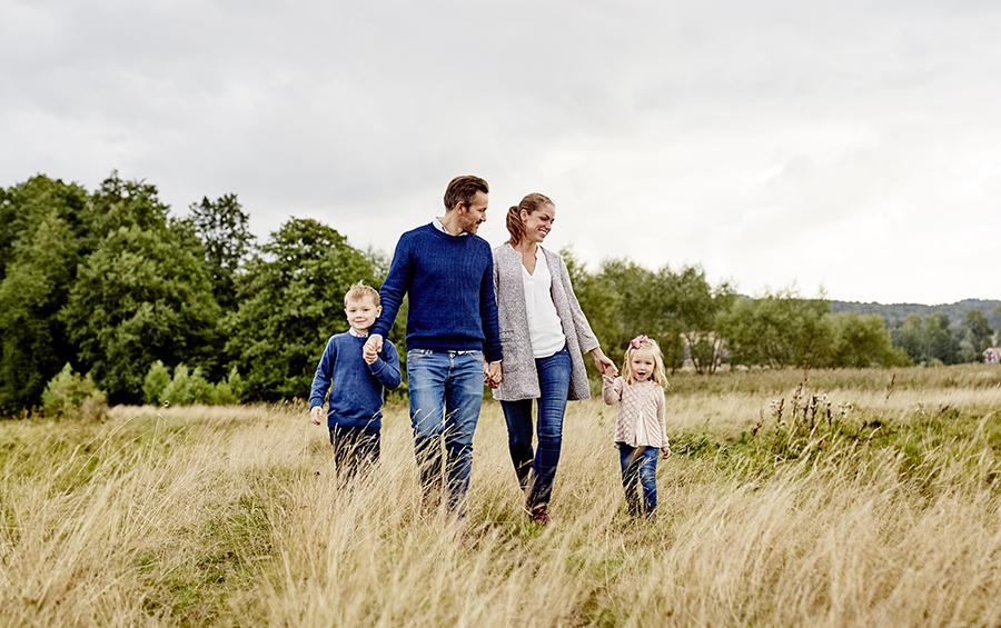 DAYFOTOGRAFI-familjefotografering_utomhus10