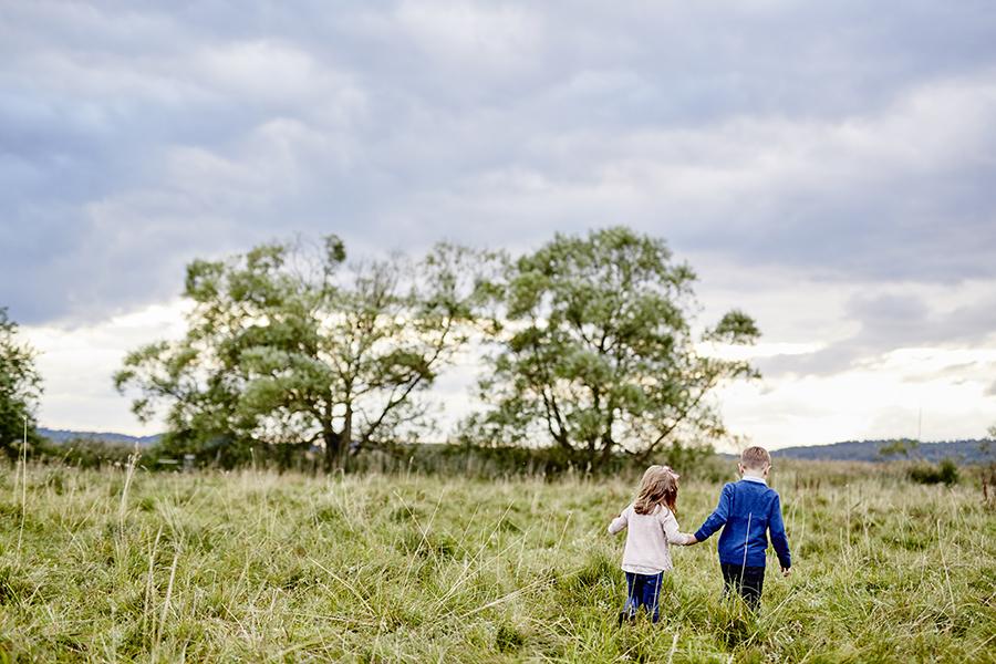 DAYFOTOGRAFI-familjefotografering_utomhus8